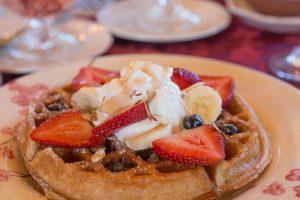 breakfast-belgian-waffel