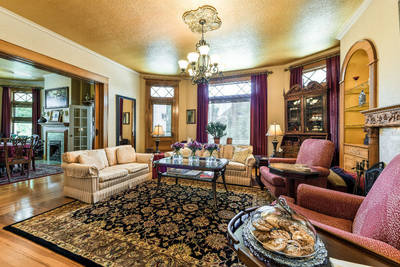 Photo gallery of our bed and breakfast in colorado springs for Area riservata bed and breakfast