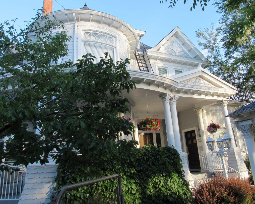 The St. Mary's Inn Bed and Breakfast